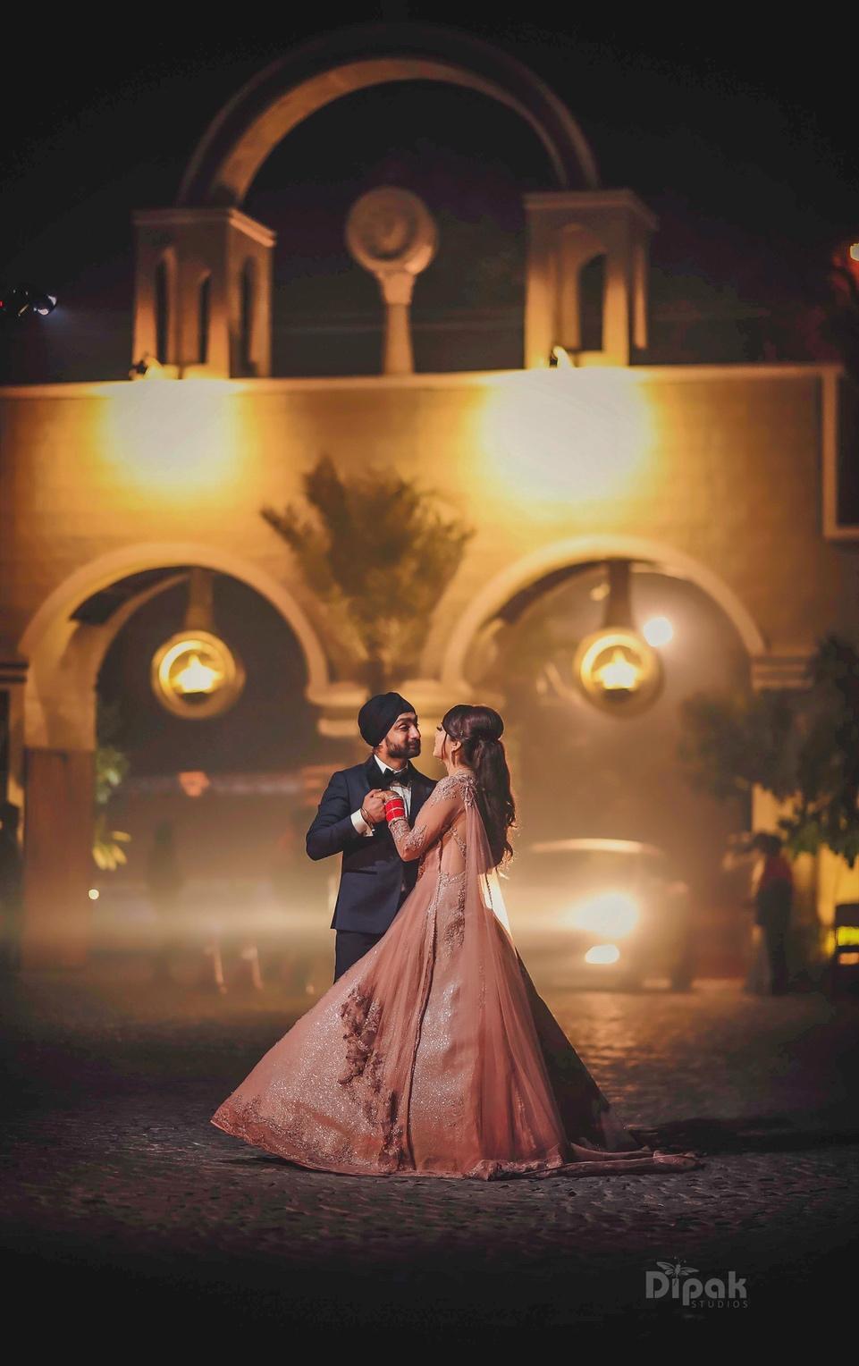 Indian Wedding Couple Photography Couples Of Dipak Studios